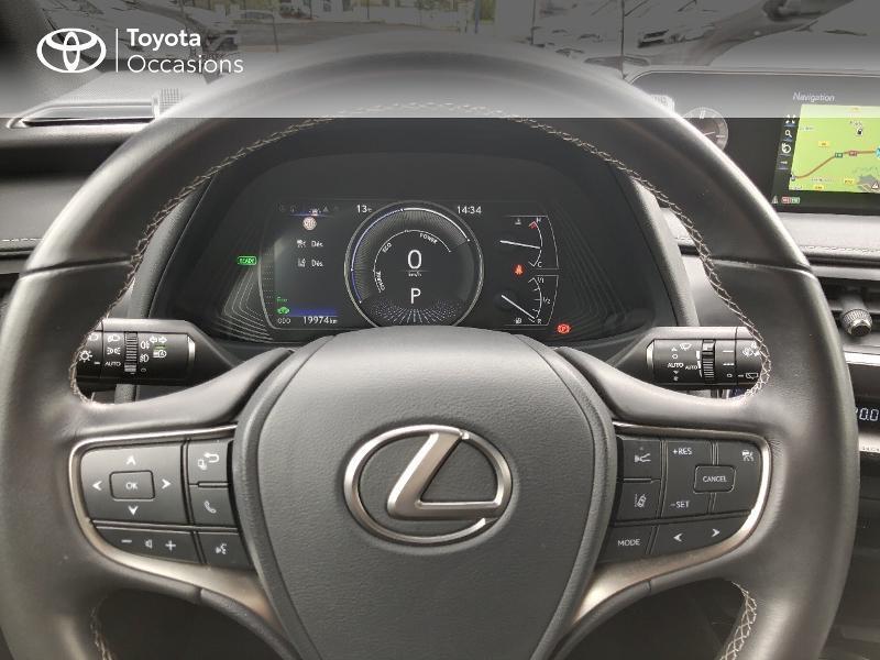 Photo 8 de l'offre de LEXUS UX 250h 4WD Luxe à 32190€ chez Rizzon Auto - Toyota St Brieuc