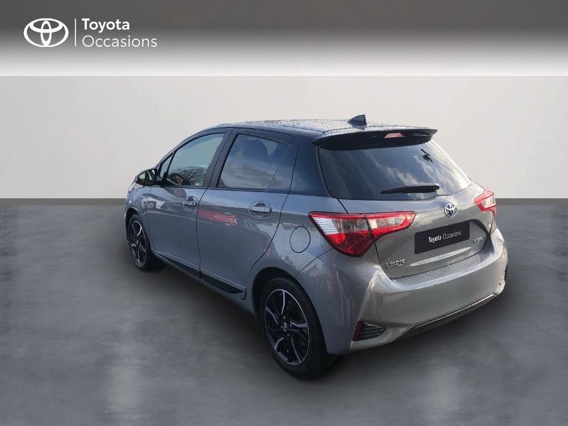Photo 2 de l'offre de TOYOTA Yaris 100h Collection 5p RC18 à 14490€ chez Rizzon Auto - Toyota St Brieuc