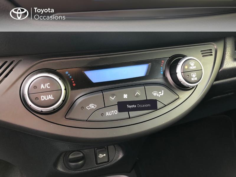 Photo 18 de l'offre de TOYOTA Yaris 100h Collection 5p RC18 à 14490€ chez Rizzon Auto - Toyota St Brieuc
