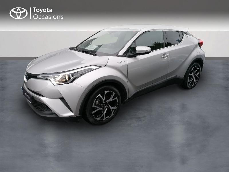 Photo 1 de l'offre de TOYOTA C-HR 122h Edition 2WD E-CVT RC18 à 21890€ chez Rizzon Auto - Toyota St Brieuc