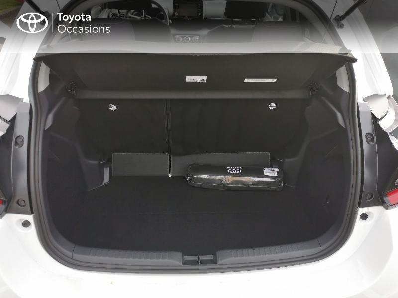 Photo 10 de l'offre de TOYOTA Yaris 70 VVT-i Design 5p à 16990€ chez Rizzon Auto - Toyota St Brieuc