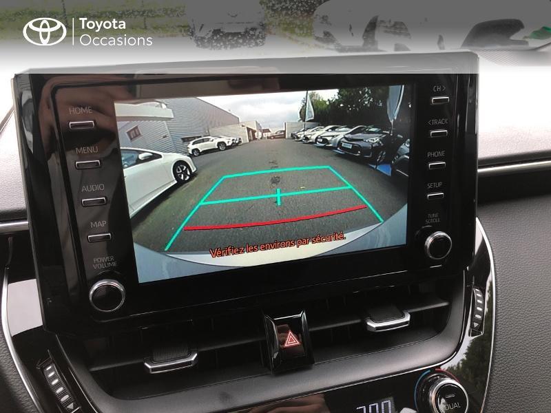 Photo 16 de l'offre de TOYOTA Corolla 122h Dynamic Business à 22490€ chez Rizzon Auto - Toyota St Brieuc