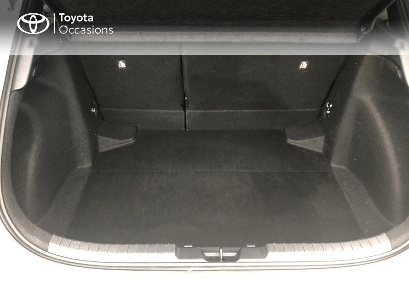 Photo 15 de l'offre de TOYOTA Corolla 122h Dynamic Business à 22490€ chez Rizzon Auto - Toyota St Brieuc