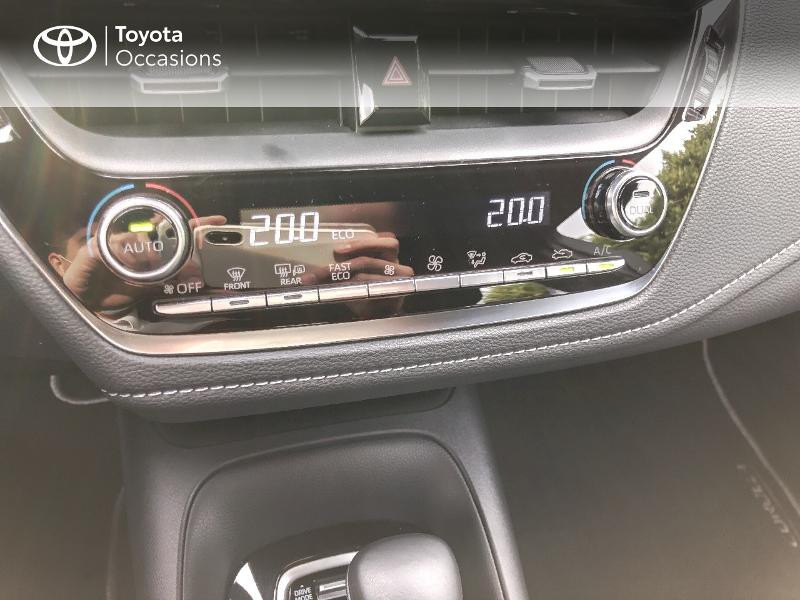 Photo 11 de l'offre de TOYOTA Corolla 122h Dynamic Business à 22490€ chez Rizzon Auto - Toyota St Brieuc
