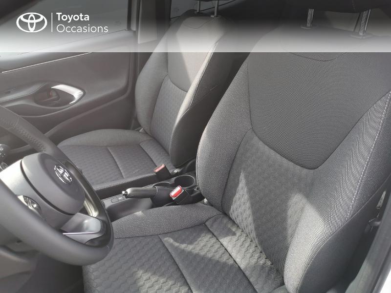 Photo 6 de l'offre de TOYOTA Yaris 70 VVT-i Design 5p à 16990€ chez Rizzon Auto - Toyota St Brieuc