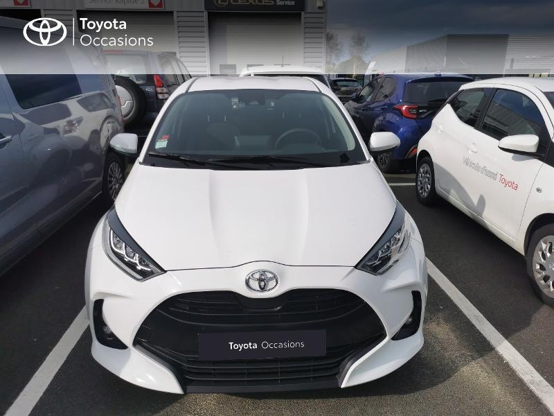 Photo 18 de l'offre de TOYOTA Yaris 70 VVT-i Design 5p à 16990€ chez Rizzon Auto - Toyota St Brieuc