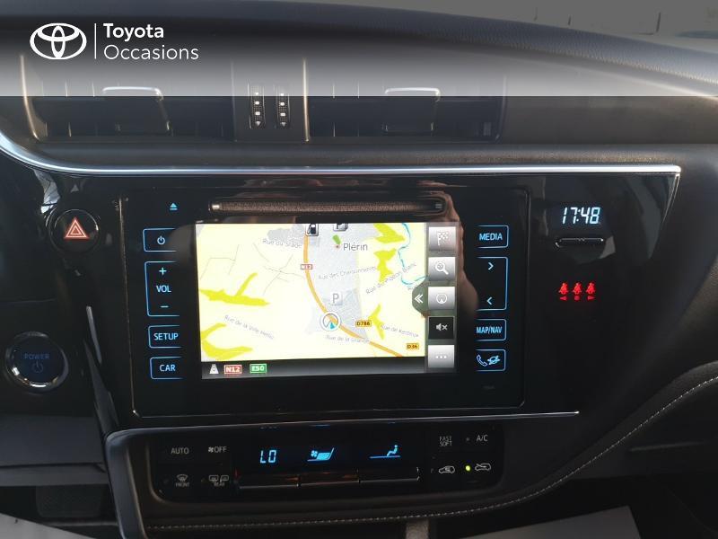 Photo 15 de l'offre de TOYOTA Auris HSD 136h Collection RC18 à 17890€ chez Rizzon Auto - Toyota St Brieuc