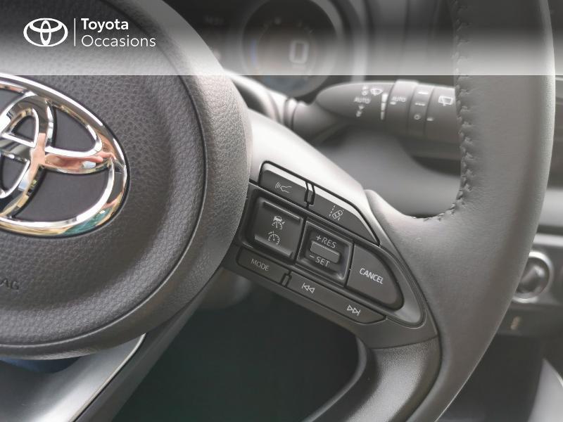Photo 9 de l'offre de TOYOTA Yaris 70 VVT-i Design 5p à 16990€ chez Rizzon Auto - Toyota St Brieuc