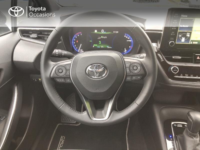 Photo 6 de l'offre de TOYOTA Corolla 122h Dynamic Business à 22490€ chez Rizzon Auto - Toyota St Brieuc