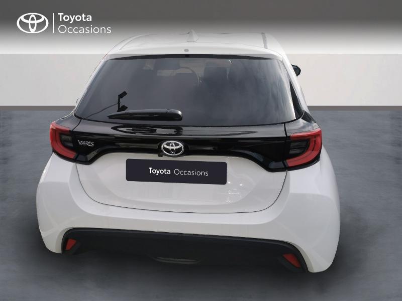 Photo 4 de l'offre de TOYOTA Yaris 70 VVT-i Design 5p à 16990€ chez Rizzon Auto - Toyota St Brieuc