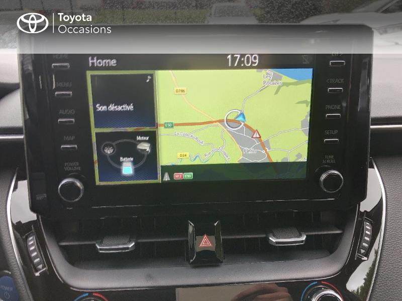 Photo 7 de l'offre de TOYOTA Corolla 122h Dynamic Business à 22490€ chez Rizzon Auto - Toyota St Brieuc