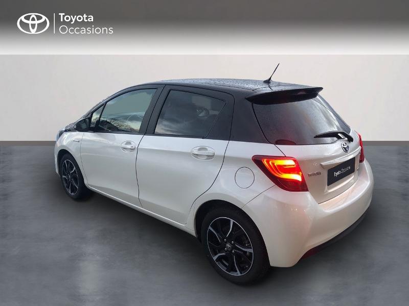 Photo 2 de l'offre de TOYOTA Yaris HSD 100h Collection 5p à 14490€ chez Rizzon Auto - Toyota St Brieuc