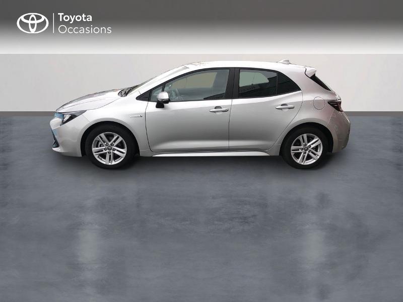 Photo 3 de l'offre de TOYOTA Corolla 122h Dynamic Business à 22490€ chez Rizzon Auto - Toyota St Brieuc