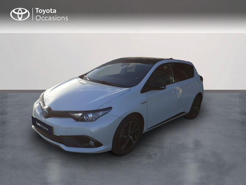 Photo 1 de l'offre de TOYOTA Auris HSD 136h Collection RC18 à 17890€ chez Rizzon Auto - Toyota St Brieuc