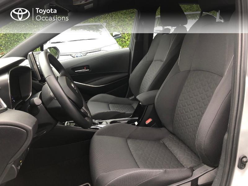 Photo 13 de l'offre de TOYOTA Corolla 122h Dynamic Business à 22490€ chez Rizzon Auto - Toyota St Brieuc