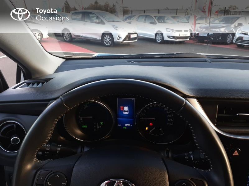 Photo 14 de l'offre de TOYOTA Auris HSD 136h Collection RC18 à 17890€ chez Rizzon Auto - Toyota St Brieuc