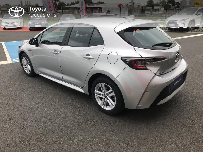 Photo 20 de l'offre de TOYOTA Corolla 122h Dynamic Business à 22490€ chez Rizzon Auto - Toyota St Brieuc