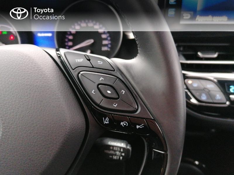 Photo 13 de l'offre de TOYOTA C-HR 122h Edition 2WD E-CVT RC18 à 21890€ chez Rizzon Auto - Toyota St Brieuc