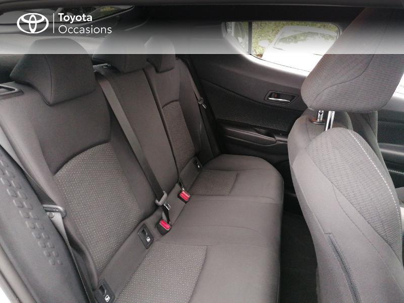 Photo 7 de l'offre de TOYOTA C-HR 122h Edition 2WD E-CVT RC18 à 21890€ chez Rizzon Auto - Toyota St Brieuc