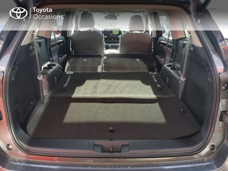 Photo 10 de l'offre de TOYOTA Highlander Hybrid 248ch Lounge AWD-I à 60490€ chez Rizzon Auto - Toyota St Brieuc