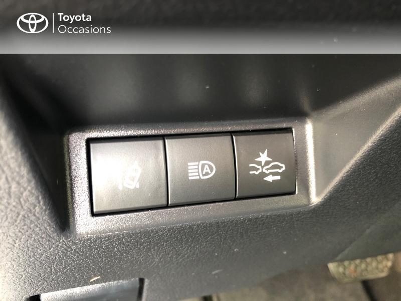 Photo 17 de l'offre de TOYOTA Yaris 100h Collection 5p RC18 à 14490€ chez Rizzon Auto - Toyota St Brieuc