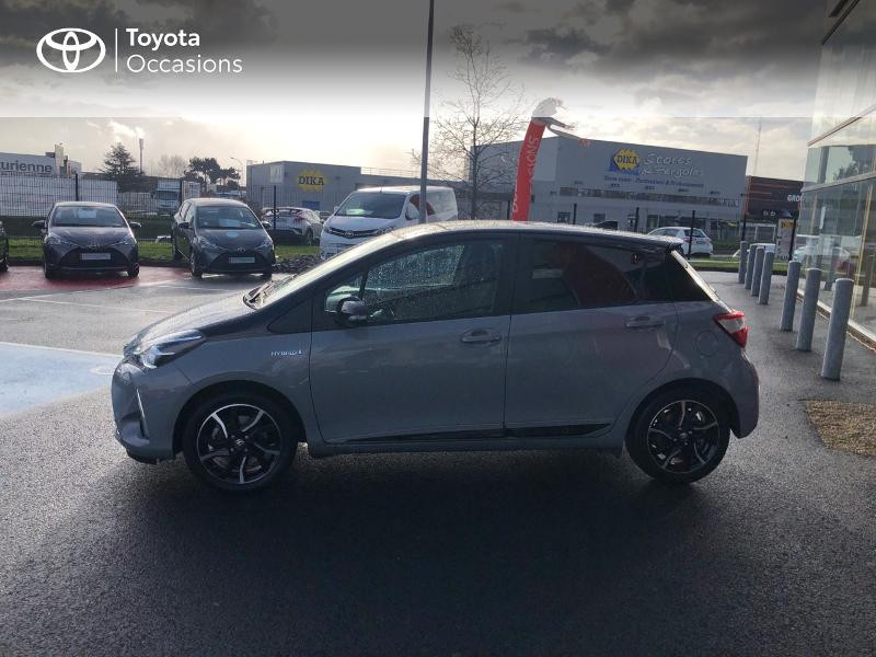 Photo 25 de l'offre de TOYOTA Yaris 100h Collection 5p RC18 à 14490€ chez Rizzon Auto - Toyota St Brieuc