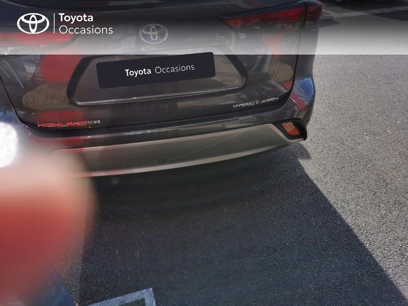 Photo 4 de l'offre de TOYOTA Highlander Hybrid 248ch Lounge AWD-I à 60490€ chez Rizzon Auto - Toyota St Brieuc
