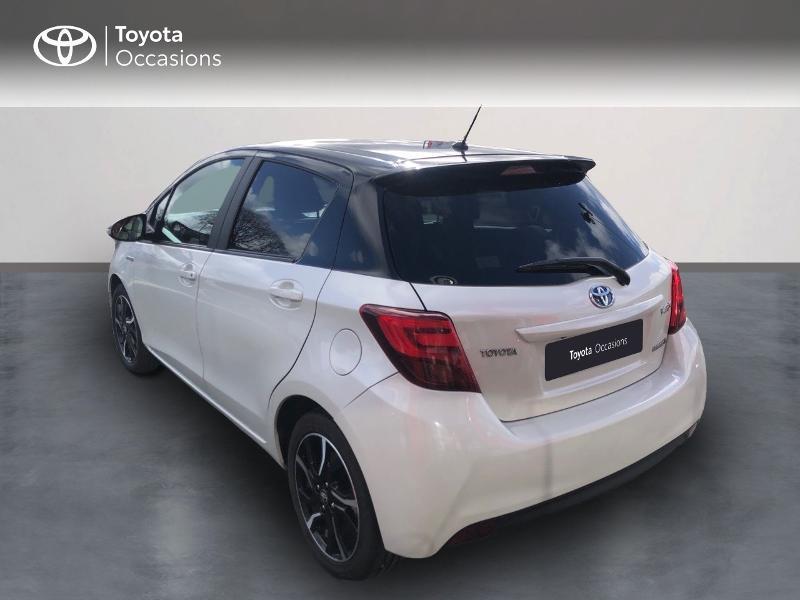 Photo 2 de l'offre de TOYOTA Yaris HSD 100h Collection 5p à 13490€ chez Rizzon Auto - Toyota St Brieuc
