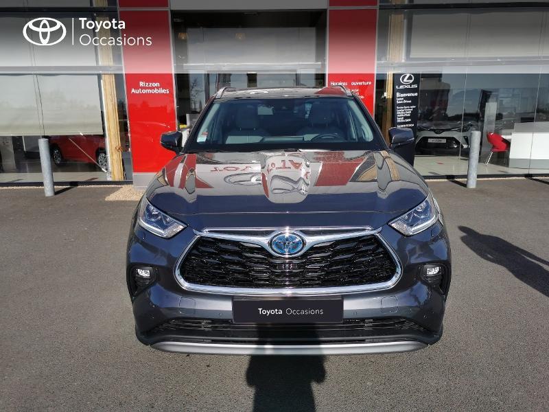 Photo 20 de l'offre de TOYOTA Highlander Hybrid 248ch Lounge AWD-I à 60490€ chez Rizzon Auto - Toyota St Brieuc