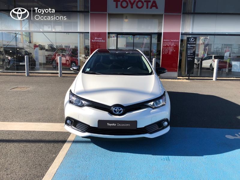 Photo 23 de l'offre de TOYOTA Auris HSD 136h Collection RC18 à 15890€ chez Rizzon Auto - Toyota St Brieuc