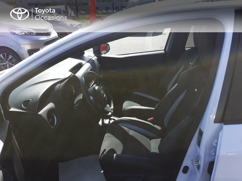 Photo 11 de l'offre de TOYOTA Yaris 100h GR SPORT 5p MY19 à 16990€ chez Rizzon Auto - Toyota St Brieuc