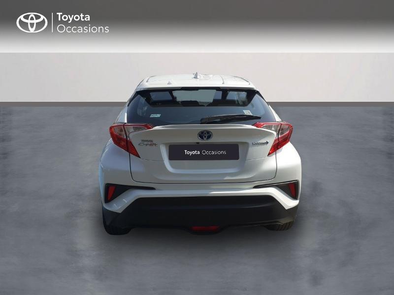 Photo 4 de l'offre de TOYOTA C-HR 122h Dynamic 2WD E-CVT à 20290€ chez Rizzon Auto - Toyota St Brieuc