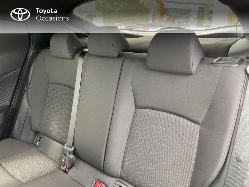 Photo 12 de l'offre de TOYOTA C-HR 122h Edition 2WD E-CVT RC18 à 20490€ chez Rizzon Auto - Toyota St Brieuc