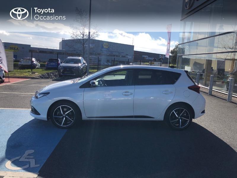 Photo 21 de l'offre de TOYOTA Auris HSD 136h Collection RC18 à 15890€ chez Rizzon Auto - Toyota St Brieuc