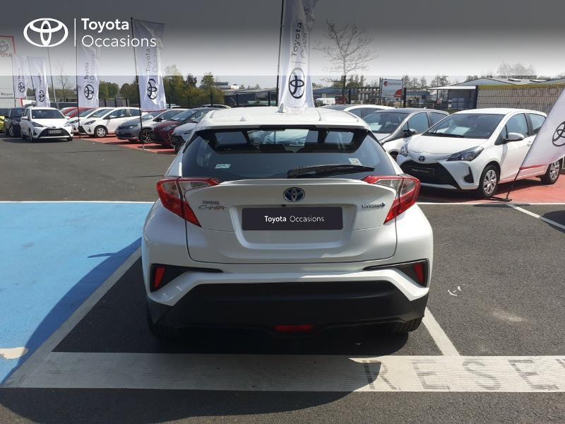 Photo 28 de l'offre de TOYOTA C-HR 122h Dynamic 2WD E-CVT à 20290€ chez Rizzon Auto - Toyota St Brieuc