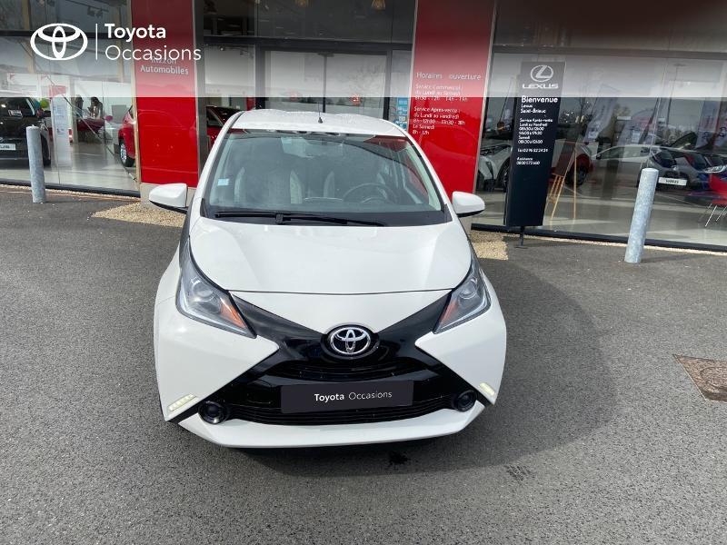 Photo 28 de l'offre de TOYOTA Aygo 1.0 VVT-i 69ch x-play 5p à 8990€ chez Rizzon Auto - Toyota St Brieuc