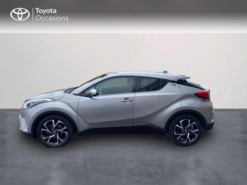 Photo 3 de l'offre de TOYOTA C-HR 122h Edition 2WD E-CVT RC18 à 20490€ chez Rizzon Auto - Toyota St Brieuc
