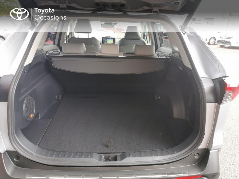Photo 10 de l'offre de TOYOTA RAV4 Hybride 222ch Lounge AWD-i MY21 à 48990€ chez Rizzon Auto - Toyota St Brieuc