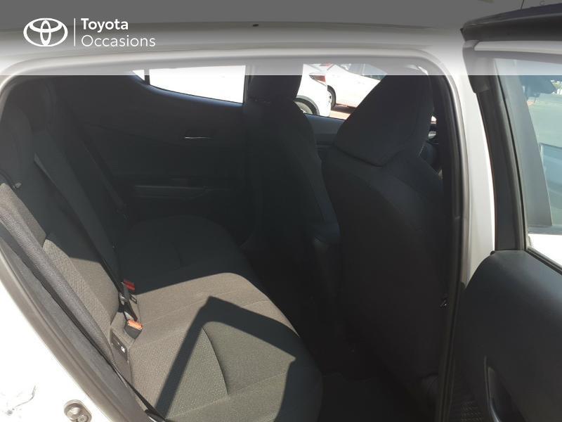 Photo 7 de l'offre de TOYOTA C-HR 122h Dynamic 2WD E-CVT à 20290€ chez Rizzon Auto - Toyota St Brieuc