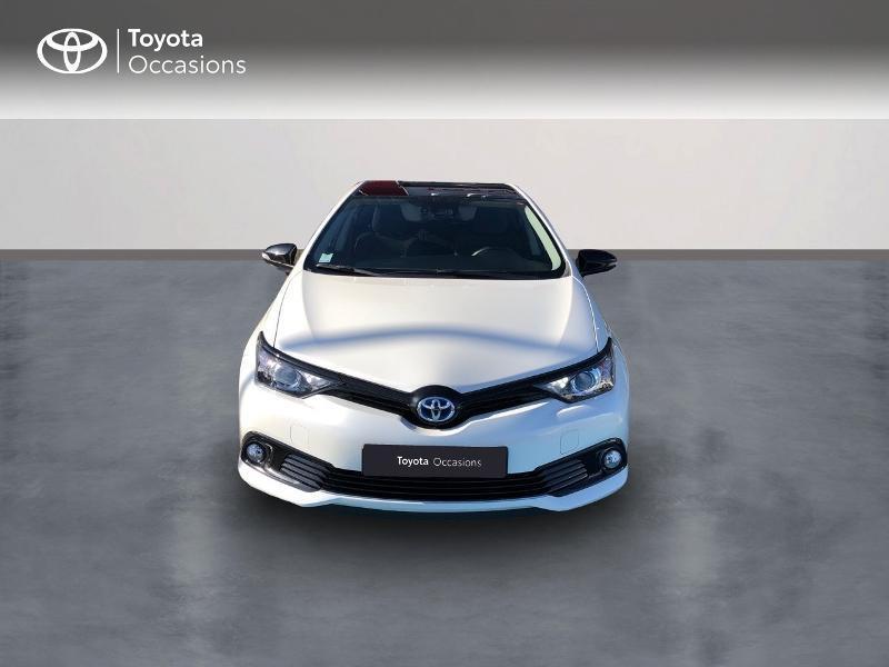 Photo 5 de l'offre de TOYOTA Auris HSD 136h Collection RC18 à 15890€ chez Rizzon Auto - Toyota St Brieuc