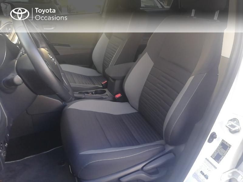 Photo 13 de l'offre de TOYOTA Auris HSD 136h Dynamic Business à 17490€ chez Rizzon Auto - Toyota St Brieuc