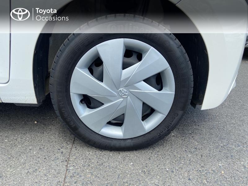 Photo 16 de l'offre de TOYOTA Aygo 1.0 VVT-i 72ch x-play 5p à 8990€ chez Rizzon Auto - Toyota St Brieuc