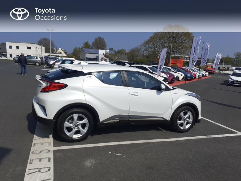 Photo 17 de l'offre de TOYOTA C-HR 122h Dynamic 2WD E-CVT à 20290€ chez Rizzon Auto - Toyota St Brieuc