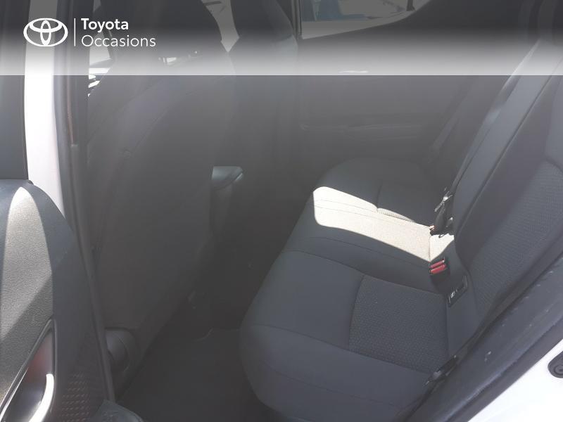 Photo 12 de l'offre de TOYOTA C-HR 122h Dynamic 2WD E-CVT à 20290€ chez Rizzon Auto - Toyota St Brieuc