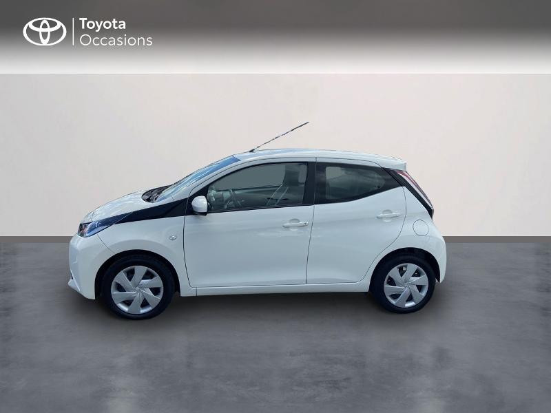 Photo 3 de l'offre de TOYOTA Aygo 1.0 VVT-i 72ch x-play 5p à 8990€ chez Rizzon Auto - Toyota St Brieuc