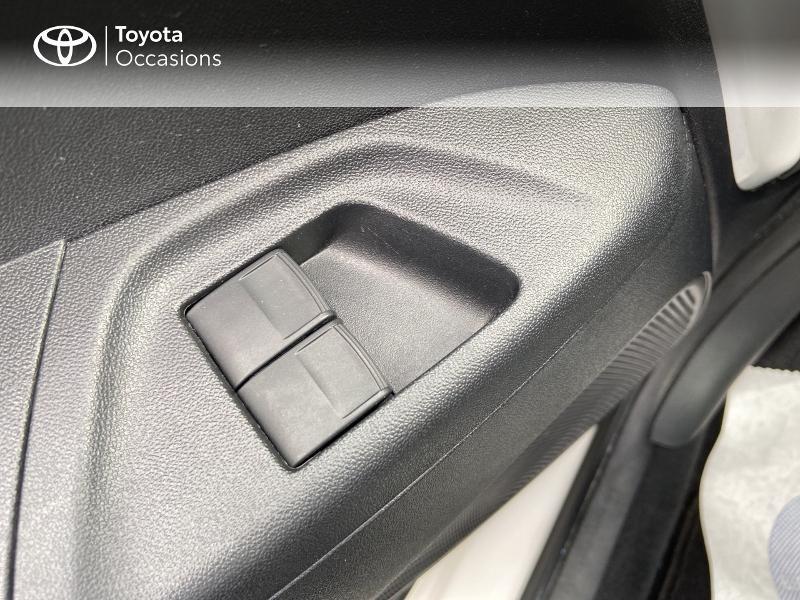 Photo 21 de l'offre de TOYOTA Aygo 1.0 VVT-i 72ch x-play 5p à 8990€ chez Rizzon Auto - Toyota St Brieuc