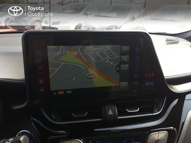 Photo 15 de l'offre de TOYOTA C-HR 122h Dynamic 2WD E-CVT à 20290€ chez Rizzon Auto - Toyota St Brieuc