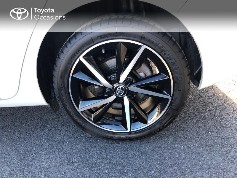 Photo 16 de l'offre de TOYOTA Auris HSD 136h Collection RC18 à 15890€ chez Rizzon Auto - Toyota St Brieuc