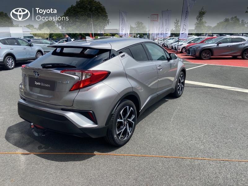 Photo 18 de l'offre de TOYOTA C-HR 122h Edition 2WD E-CVT RC18 à 20490€ chez Rizzon Auto - Toyota St Brieuc