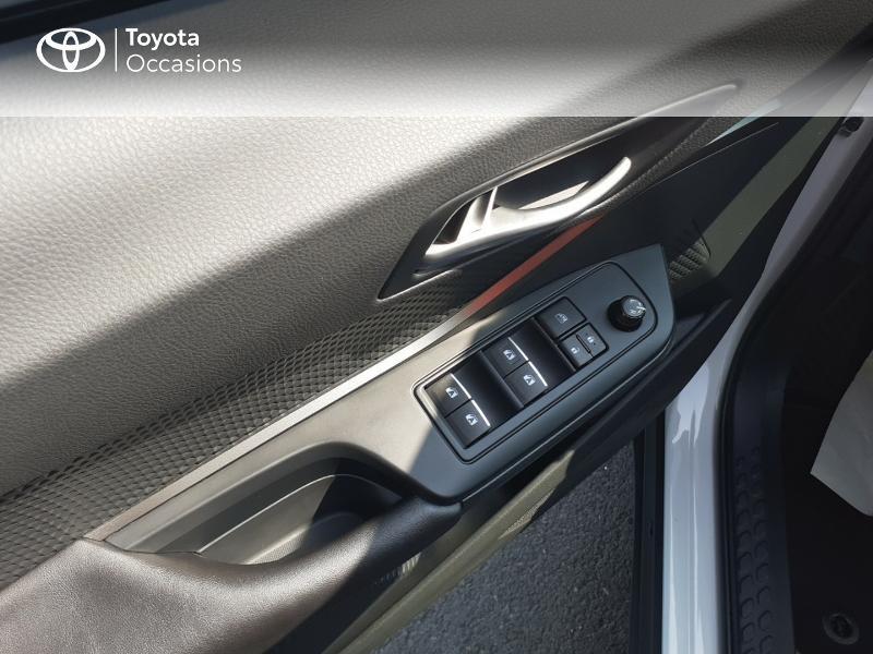 Photo 21 de l'offre de TOYOTA C-HR 122h Dynamic 2WD E-CVT à 20290€ chez Rizzon Auto - Toyota St Brieuc